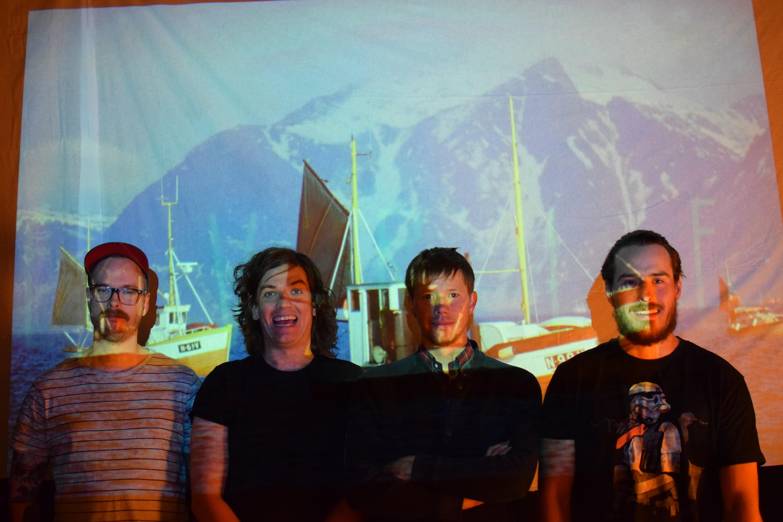 IRAN MAYEN, et spennende nytt band fra Tromsø, bestående av erfarne musikere fra flere anerkjente band, skal sette lydsporet til THE GREAT WHITE SILENCE, som avslutter årets Stumfilmdager 2. september.